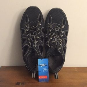 Speedo Hydro Shoes size 8